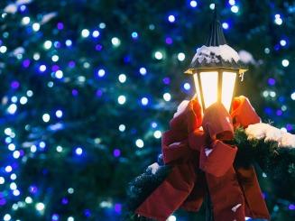 christmas-2594038_1920